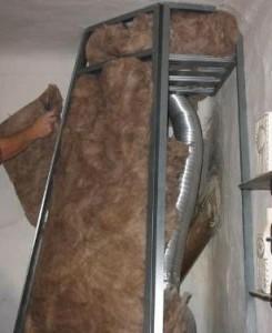 Nesprávne obloženie krbu ( sopúchu ) - použitý materiál sklená alebo kamenná vata